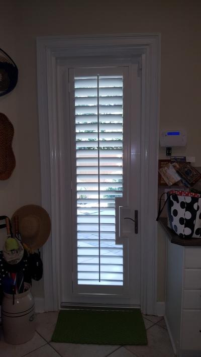 pool door shutter