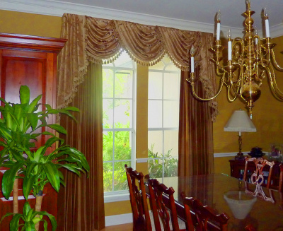 Ornately Trimmed Swags & Complimentary Dining Room Panels