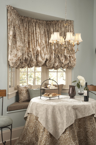 Luxurious Bay Balloon Valance with Complimenting cushion, Pillows and Table Cloths